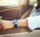 """Συνδεδεμένοι με το νέο """"έξυπνο"""" ρολόι Samsung Gear S2"""